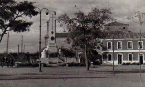 Monumento a los Caídos. Años 50