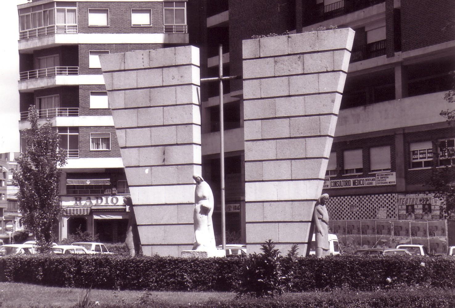 Monumento a los caídos en el trabajo 1986. Fotografía Negrete