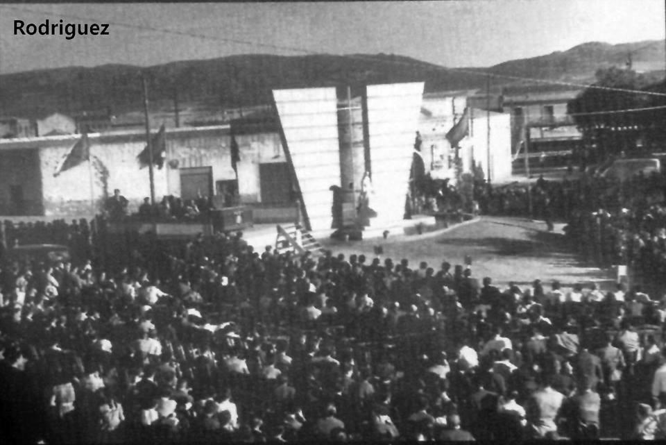 Otro momento de la inauguración del monumento a los caídos en el trabajo (6)1958. Fotografía Rodríguez