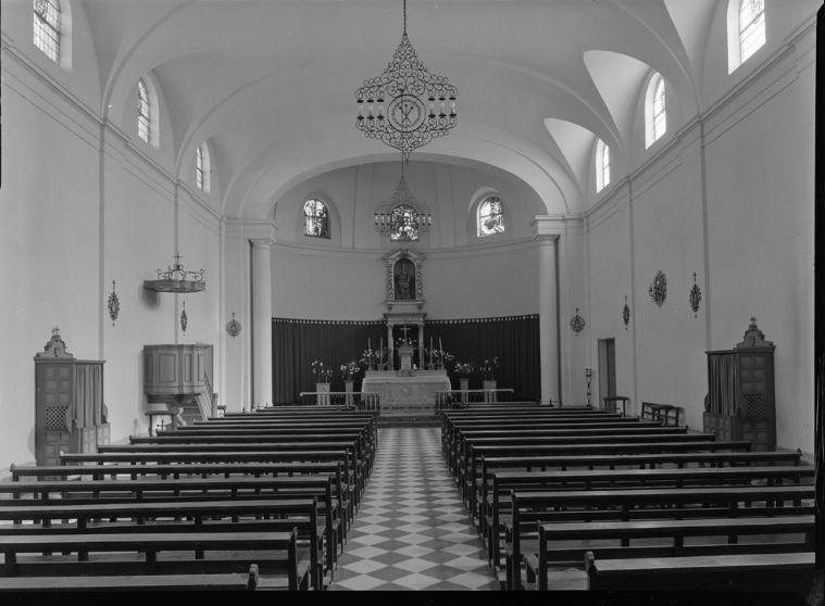 Interior Iglesia Santa Bárbara Fotografía Juan Miguel Pando Barrero 1959
