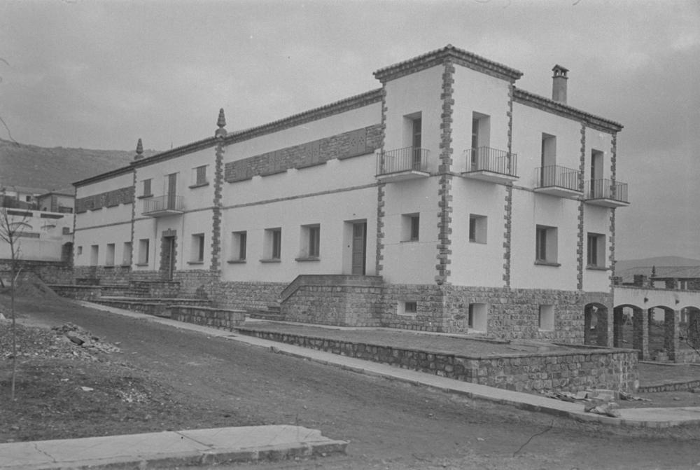 Residencia de empleados. Fotografía Wunderlich Otto. Fotografía tomada hacia 1952