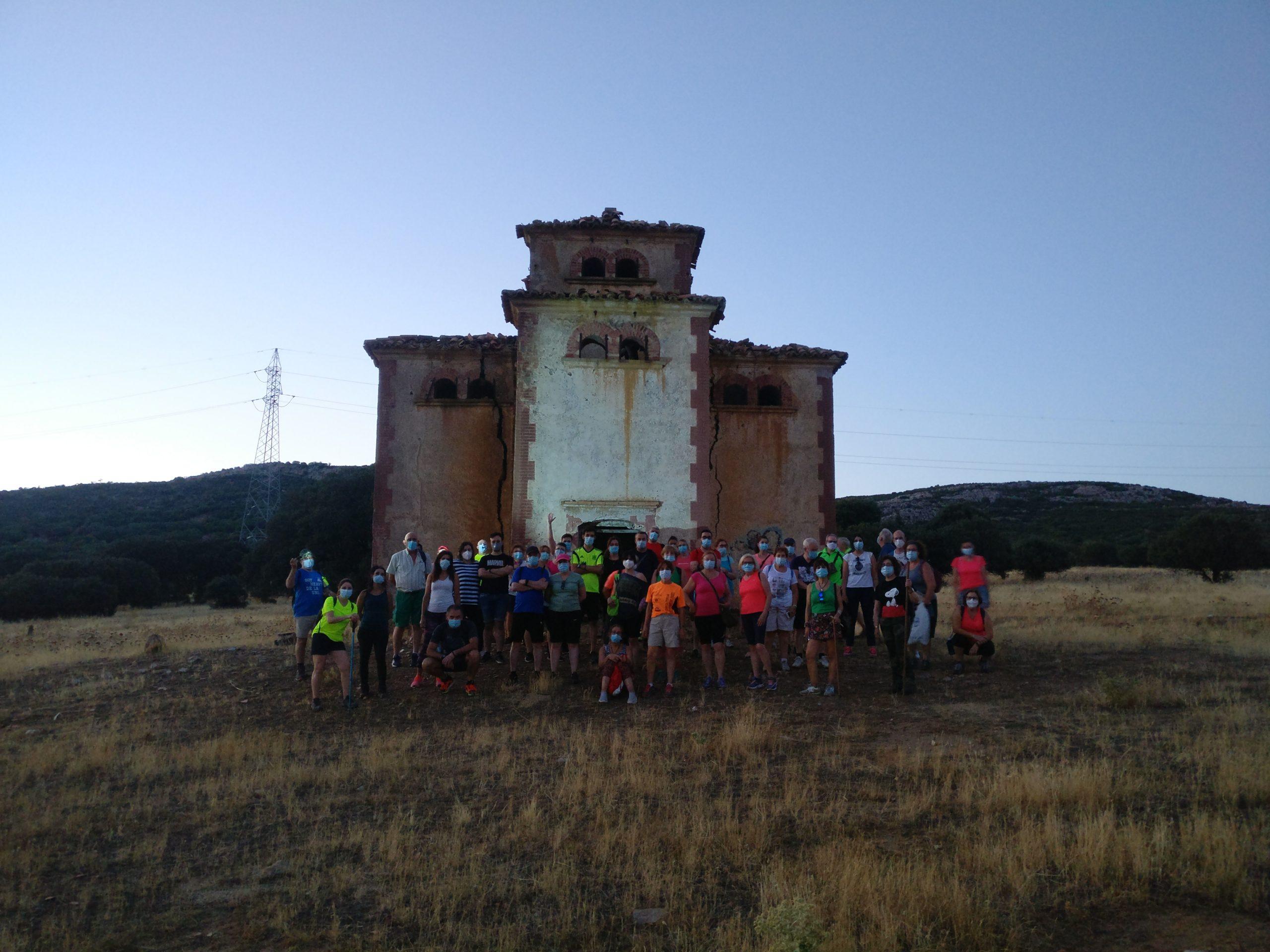 Grupo delante Palomar
