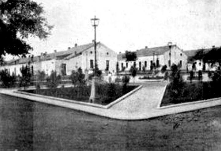 Plaza del Minero. Barriada Libertad. Años 60