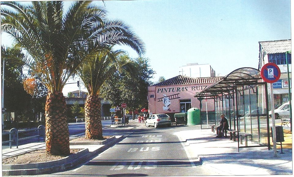 Plaza de la Mancha frente al antiguo Hogar infantil