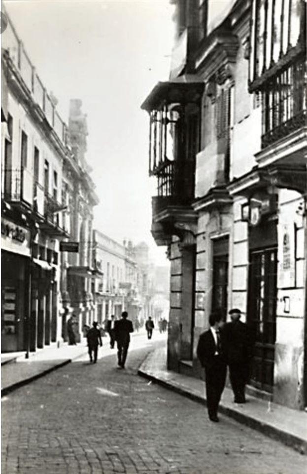 Calle Generalísimo. Ahora la Calle Aduana