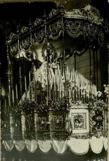 La Virgen de Gracia en su carroza. 1956. Fotografía Oña