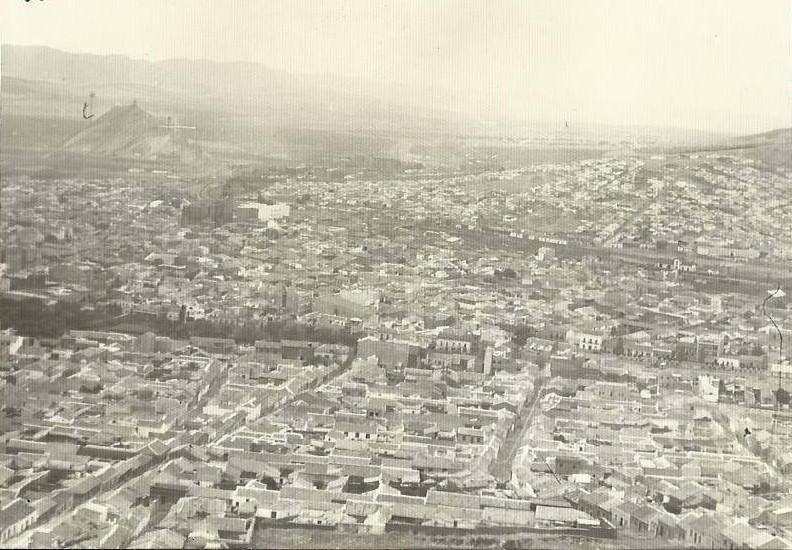 Vista de Puertollano desde el cerro Santa Ana, años 60. Fotografía Felipe Valentín García