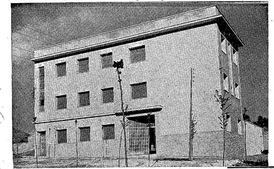 Antiguo Hospital 18 de Julio en la Avenida Mª Auxiliadora. 1962
