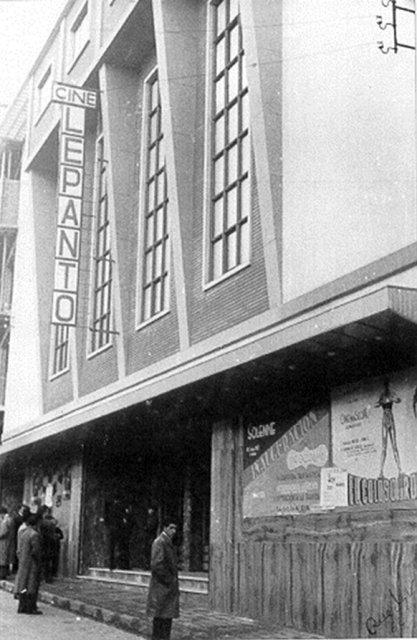 Cine Lepanto - Inauguración del cine con la película El Coloso de Rodas. Junio 1962. Archivo Rueda