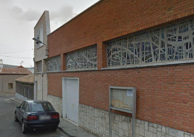 Iglesia Nuestra Señora de las Mercedes en la calle Perfecto Holgado. Barrio del Pino