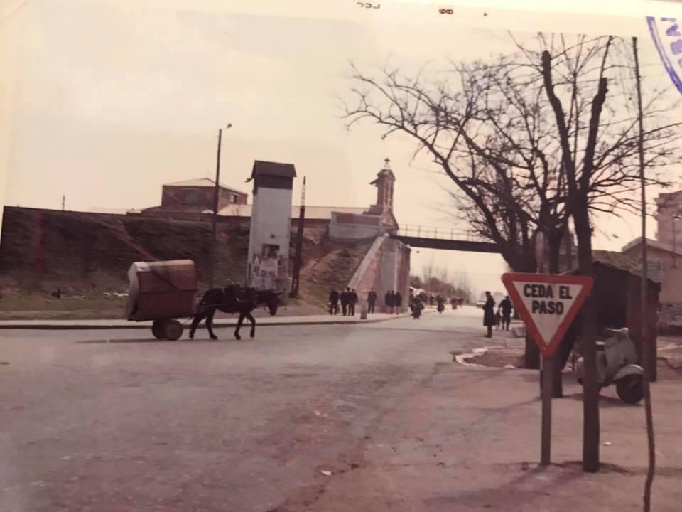 Puente Virgen de Gracia desde el cruce de carreteras. Fotografía de Casto Sánchez Gijón
