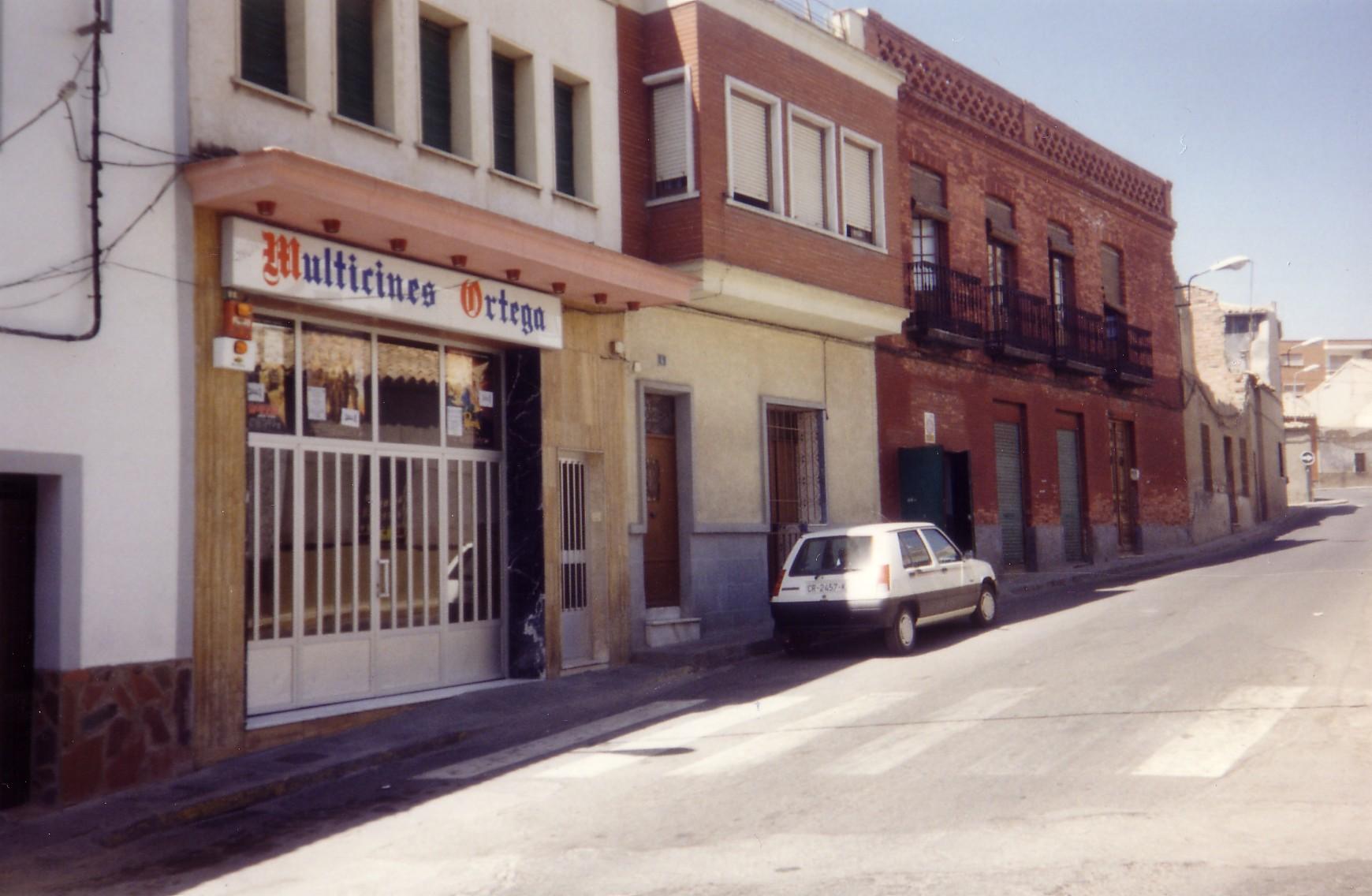 Cine Ortega Fotografía F. Negrete 1987
