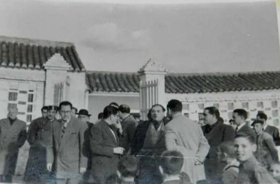 Inauguración de las escuelas del Palomar (Menéndez Pelayo)