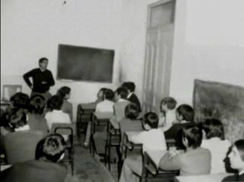 Alumnos y profesor. Fray Andrés antiguo