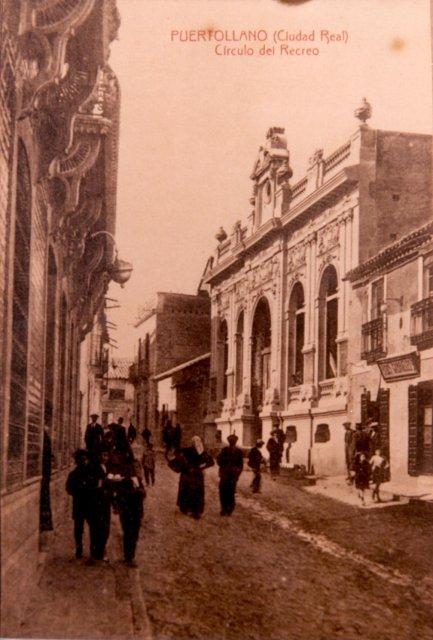 Calle Aduana y al fondo el Círculo de Recreo (1917-1919) Fotografía Enrique Malagón