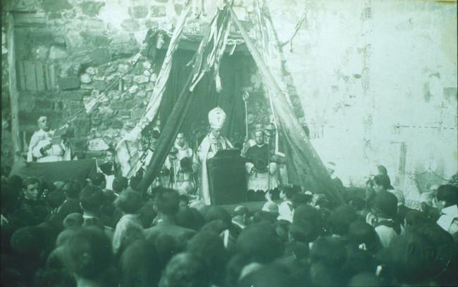 Bendición de la imagen del Sagrado Corazón de Jesús en la Parroquia de La Asunción. 1930