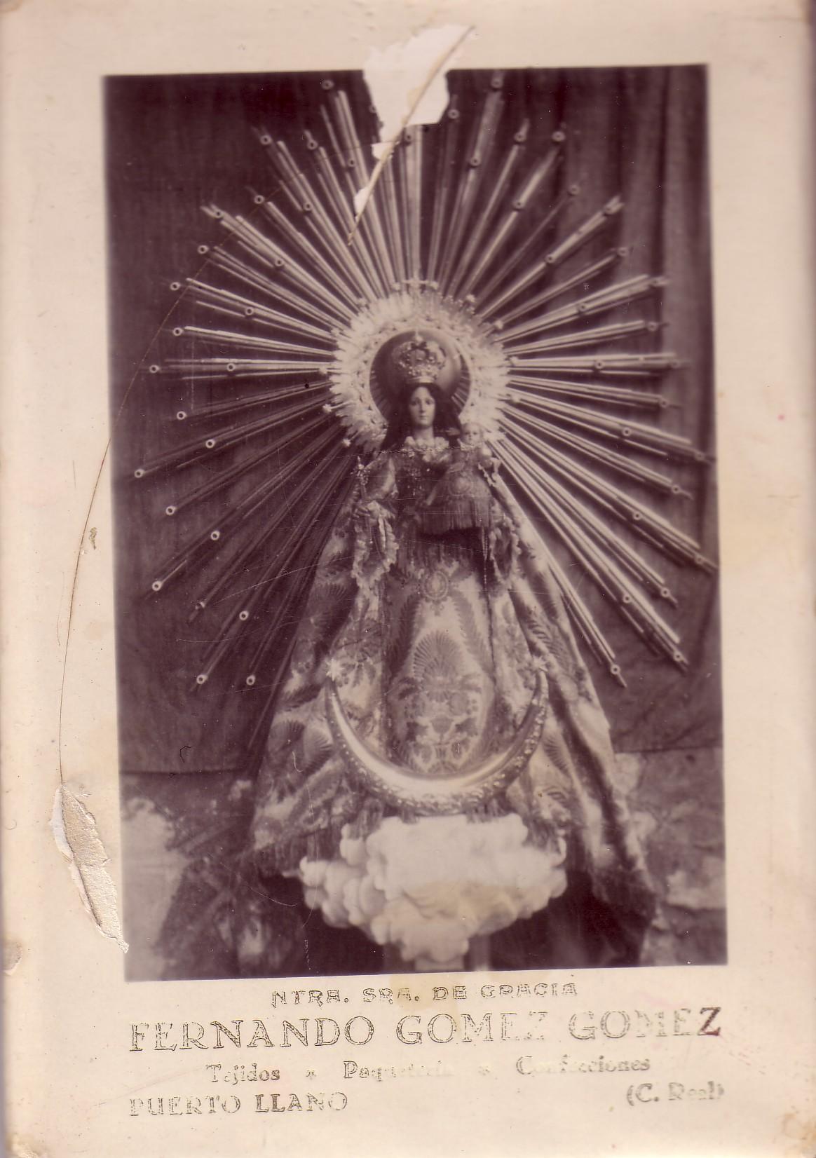 Imagen de la Virgen de Gracia a finales de los años 20. Archivo F. Negrete