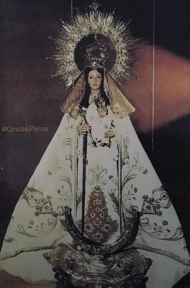 La Virgen de Gracia con el manto realizado a partir de un capote de paseo del diestro Julio Aparicio