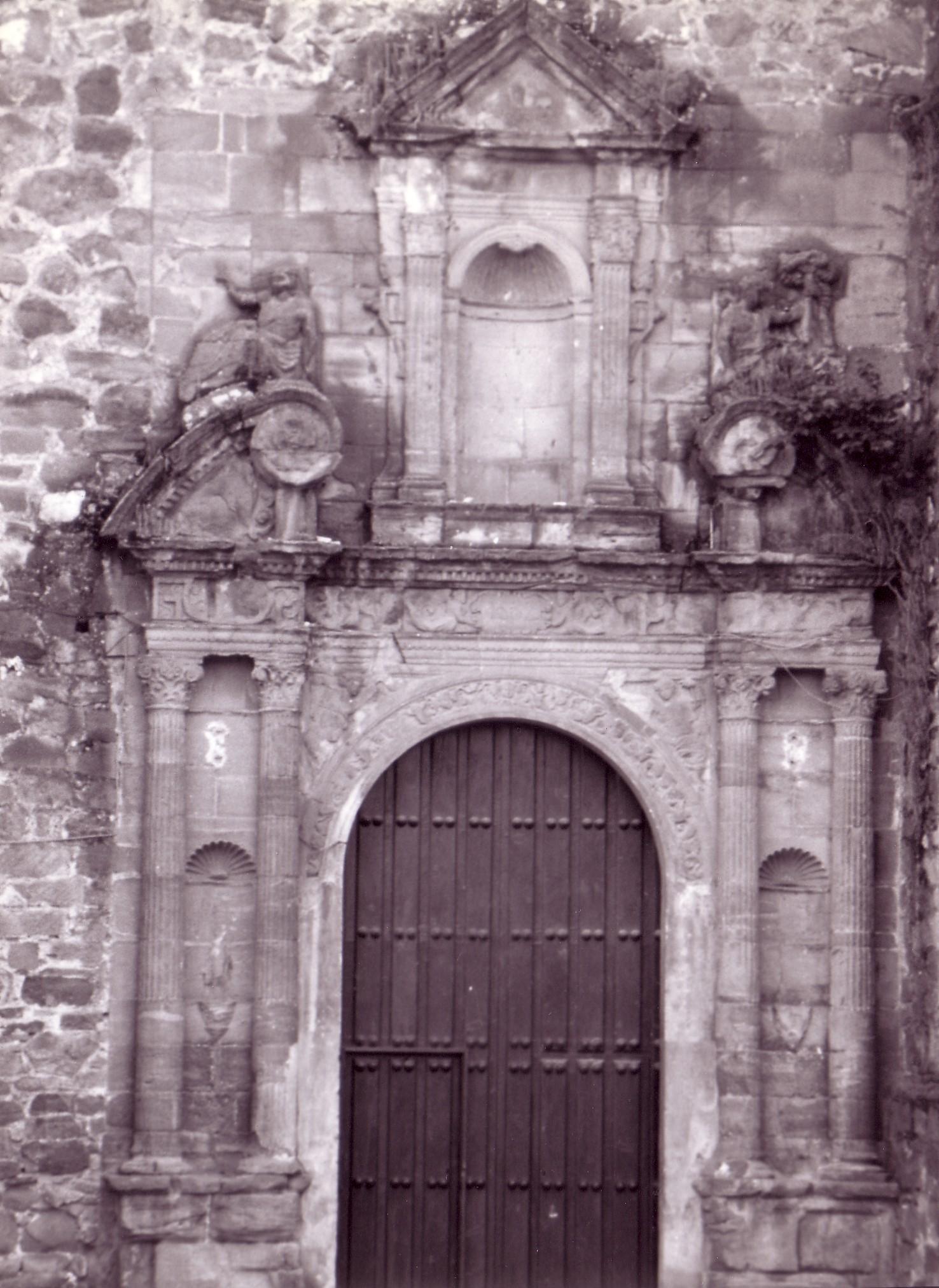 Puerta Norte. Parroquia de la Asunción. Años 80