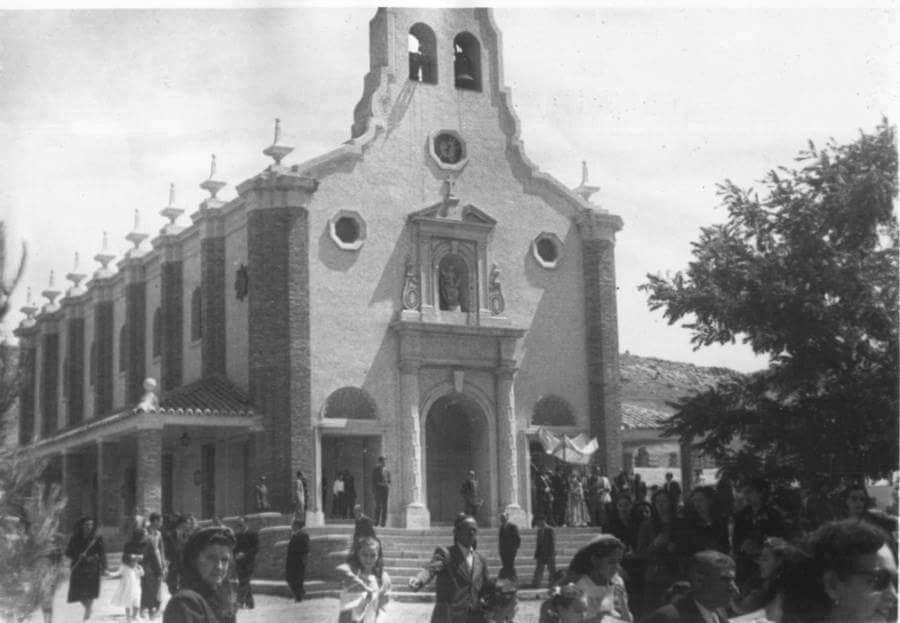 Inauguración de la Iglesia Santa Bárbara en 1952