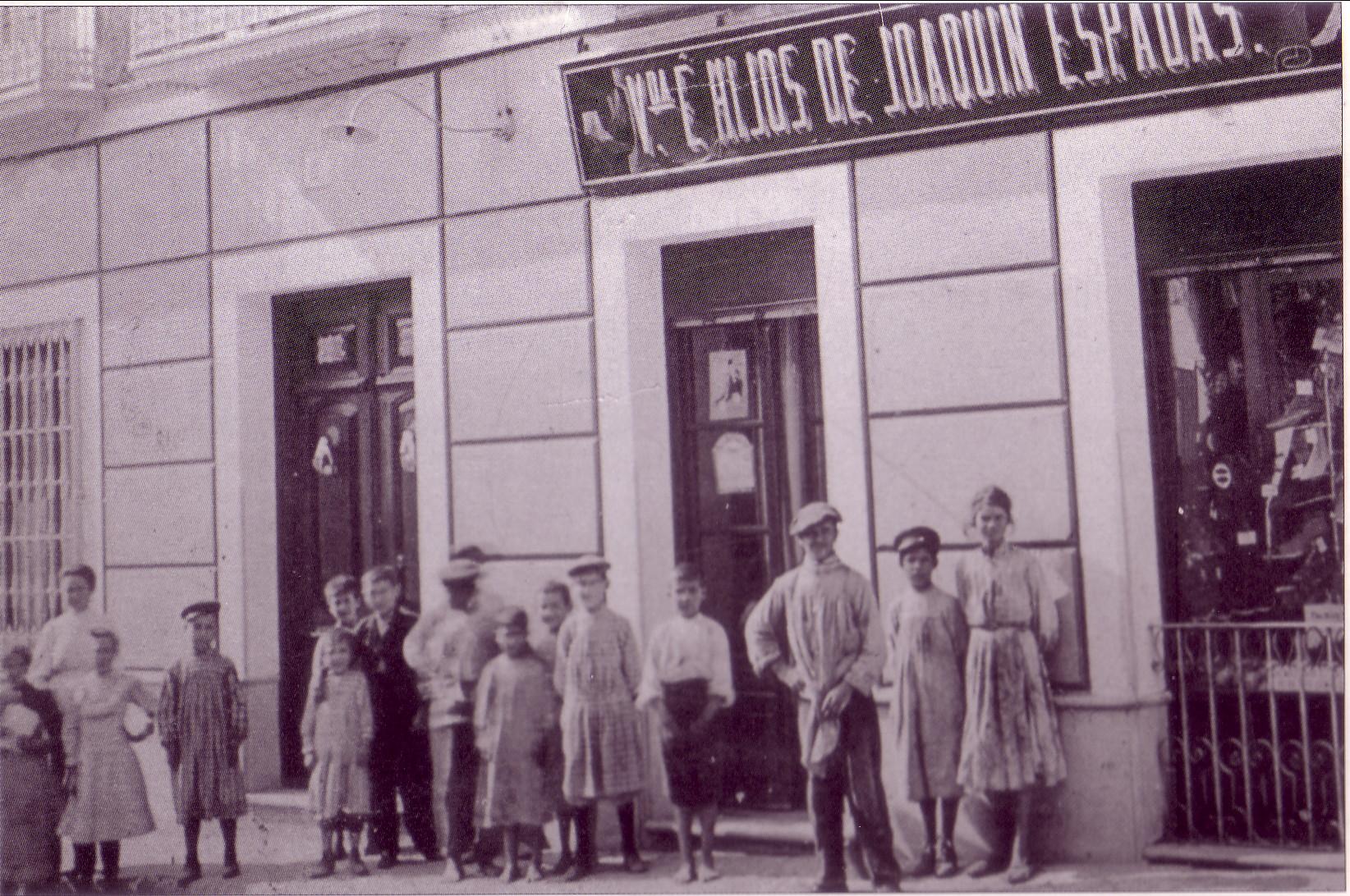 Zapatería Viuda e hijos de Joaquín Espadas. 1935