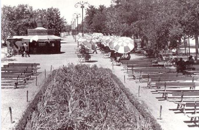 Paseo de San Gregorio. Quiosco La Torre del Oro desde la Concha (1957)