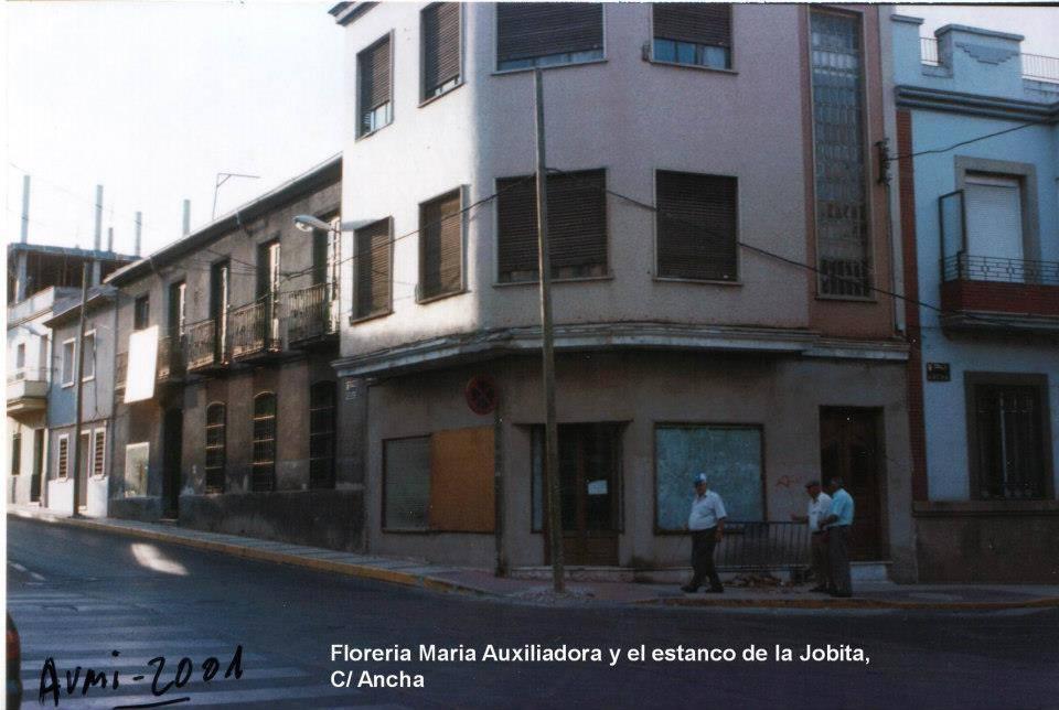 Estanco de Jobita en la calle Ancha Fotografía Aumi Arias 2001