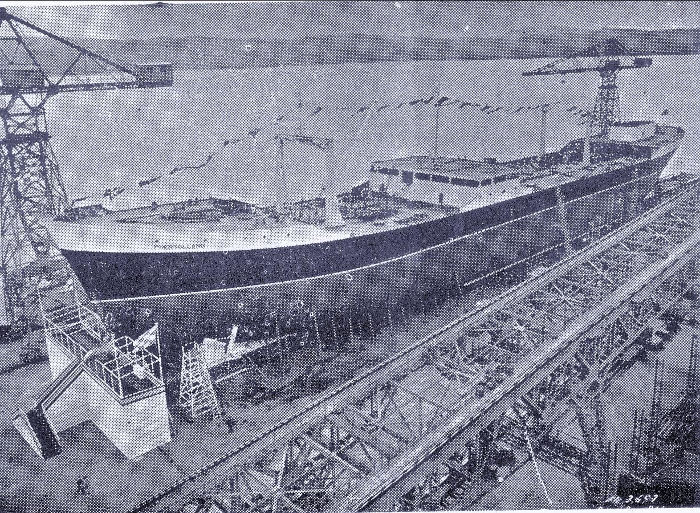El petrolero Puertollano en construción. 1954