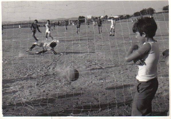 Campo de futbol barriada 630