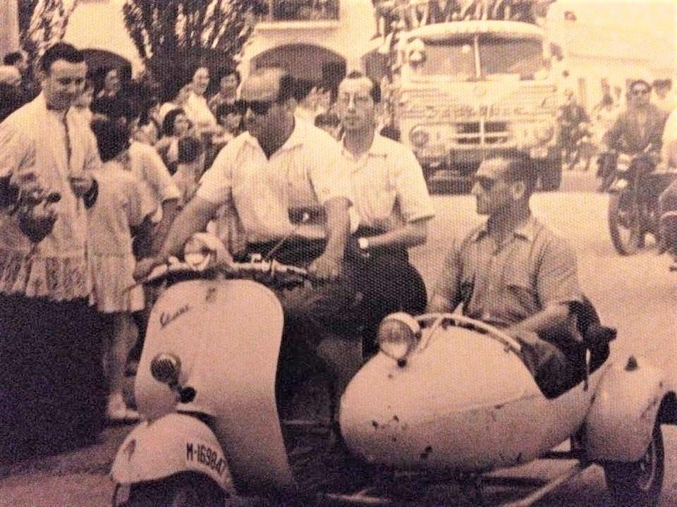 Día de San Cristóbal en la plaza de San José, barriada 309